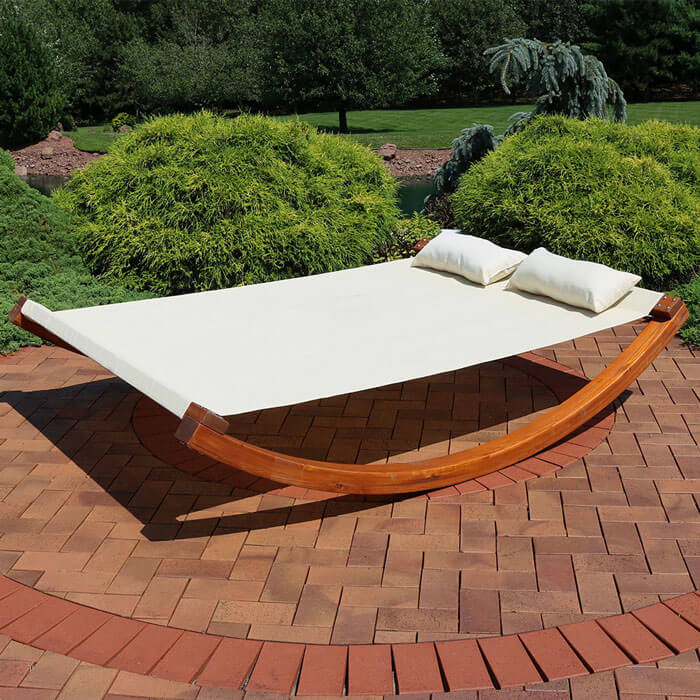 Serenity HealthSunnydaze Natural Colored Outdoor 2 Person Wooden Lounger Bed