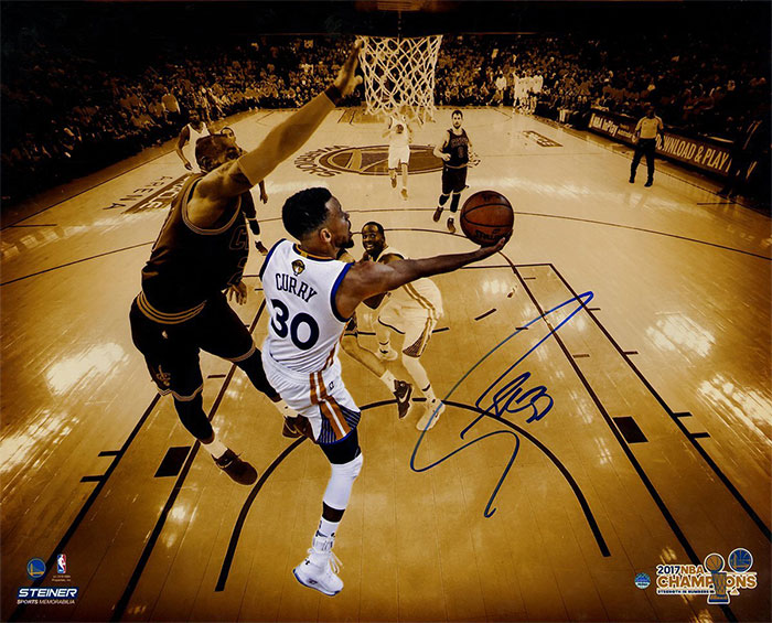 Steiner SportsStephen Curry Signed 'NBA Finals Layup Against LeBron' 16x20 Metallic Photo