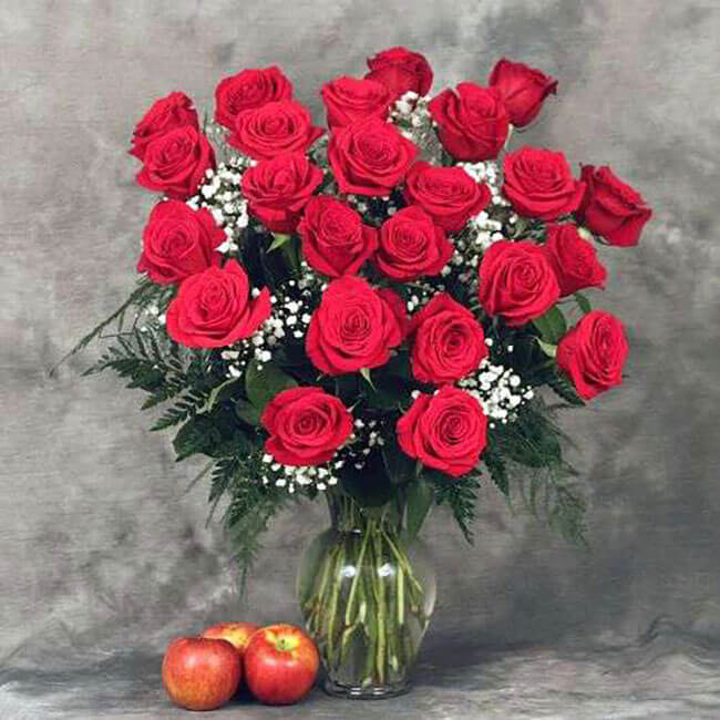 Kremp Florist Premium Red Roses Arranged with Filler