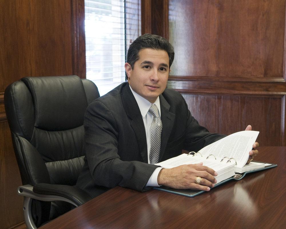 RLopez-personal-injury-attorney-2.JPG