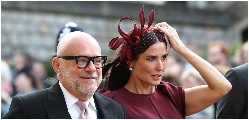 demi_moore_fascinator_royal_wedding.jpg