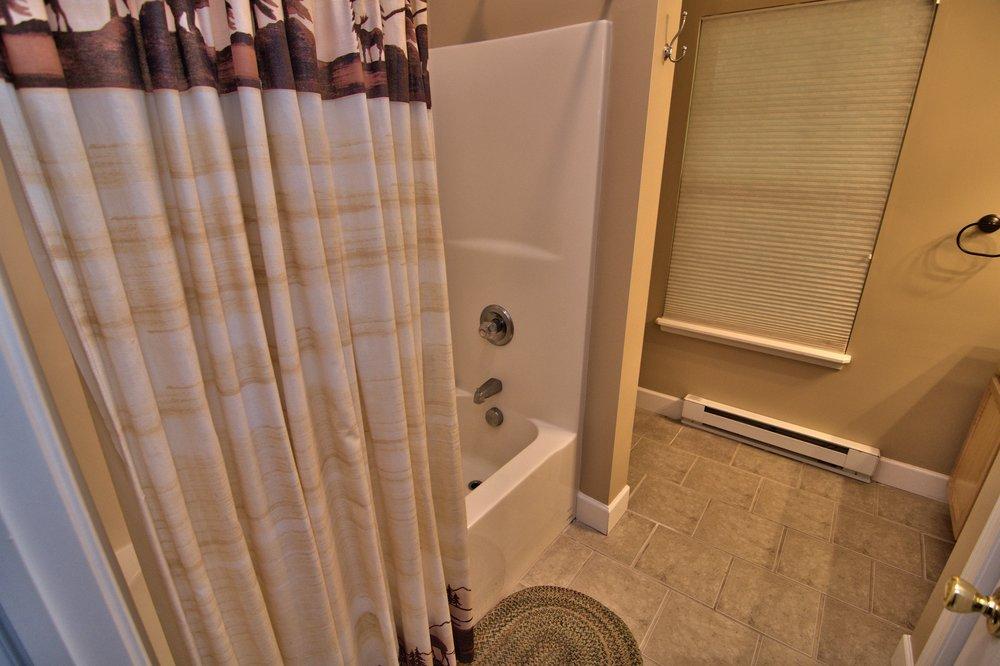 Lower Level Bath View 2.jpg