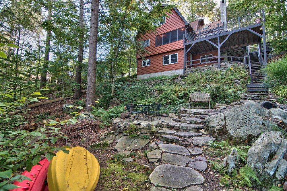 Exterior View 14.jpg