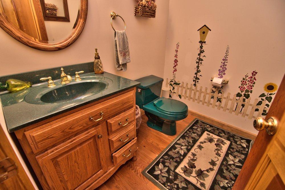 Half Bath View 2.jpg