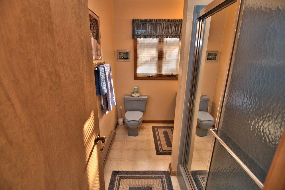2nd Floor Hall Bath View 1.jpg