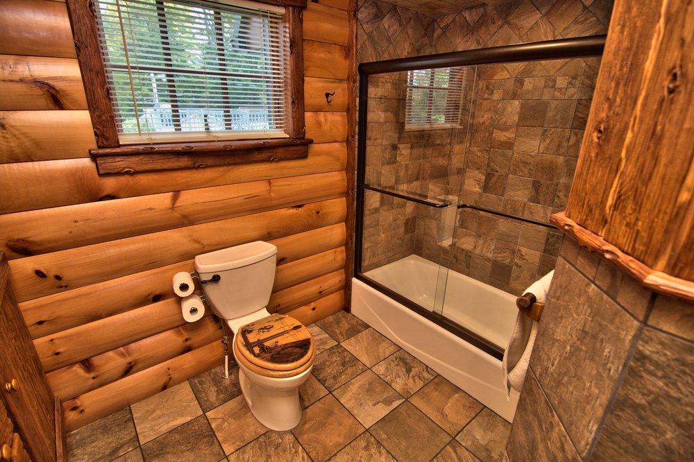 Hall Bath View 5.jpg