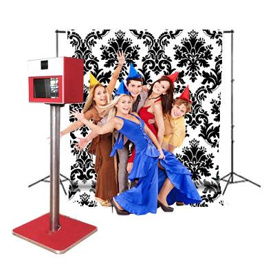 Photobooth le Passe-Partout - Petit et compact, choisissez parmi notre sélection d'arrière-plans fixes.voir les arrière-plans disponibles