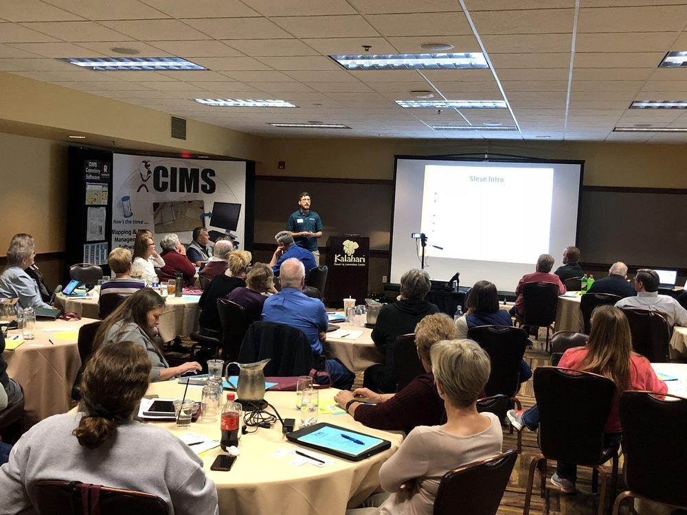 Steve Kochaver presenting GIS 101