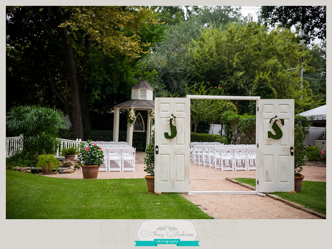 Butler's Courtyard Wedding Photographer (28)