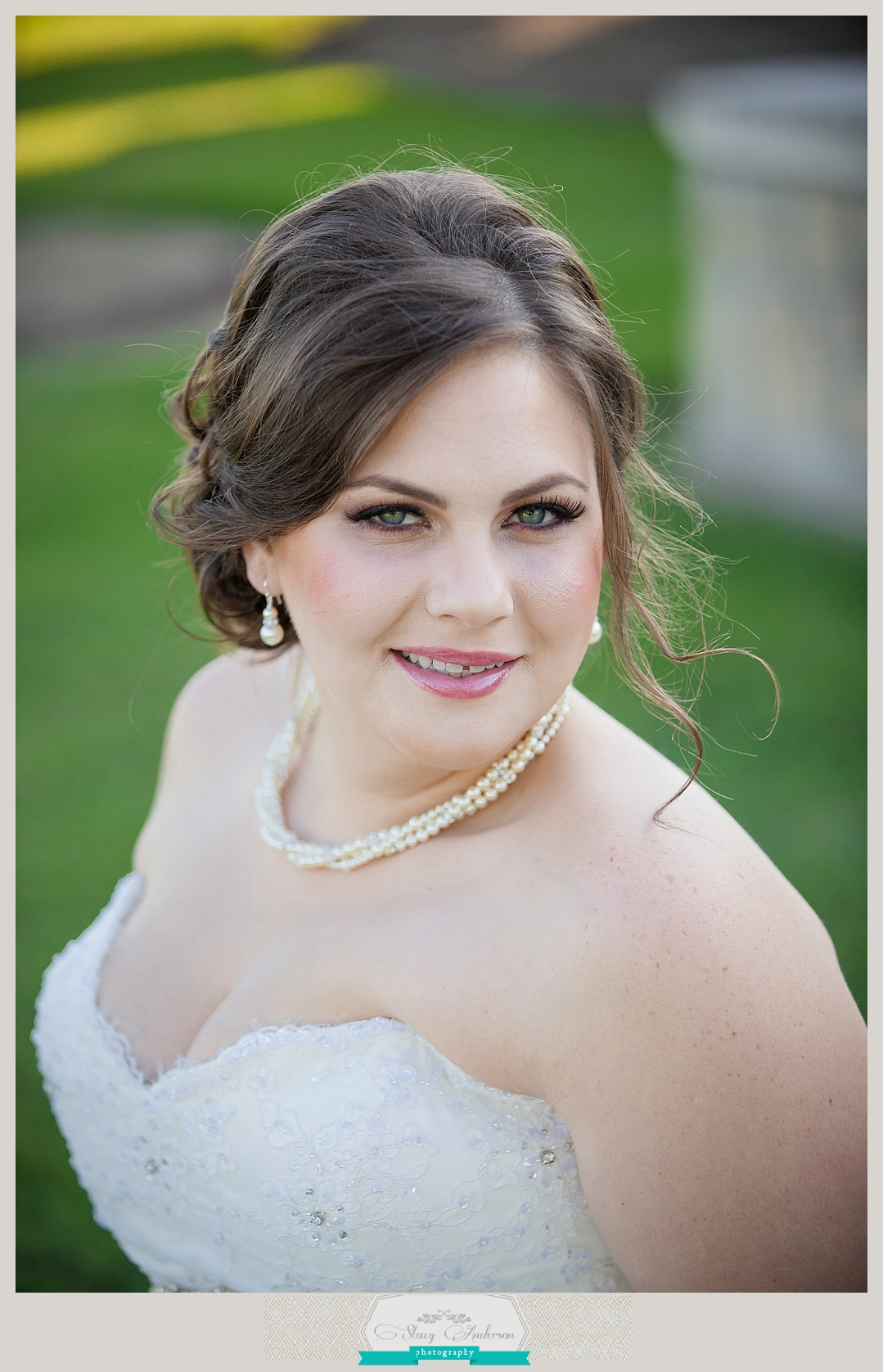 Olde Dobbin Station Bridal Portrait (13)