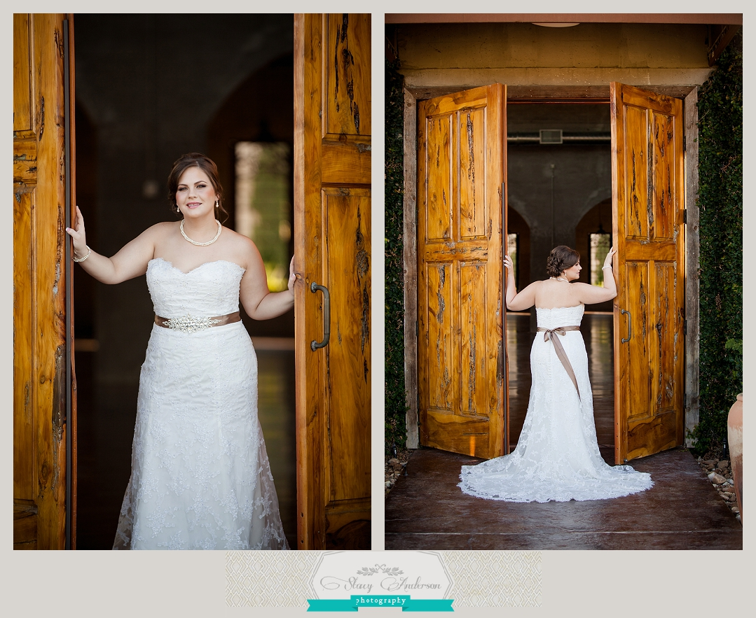 Olde Dobbin Station Bridal Portrait (8)
