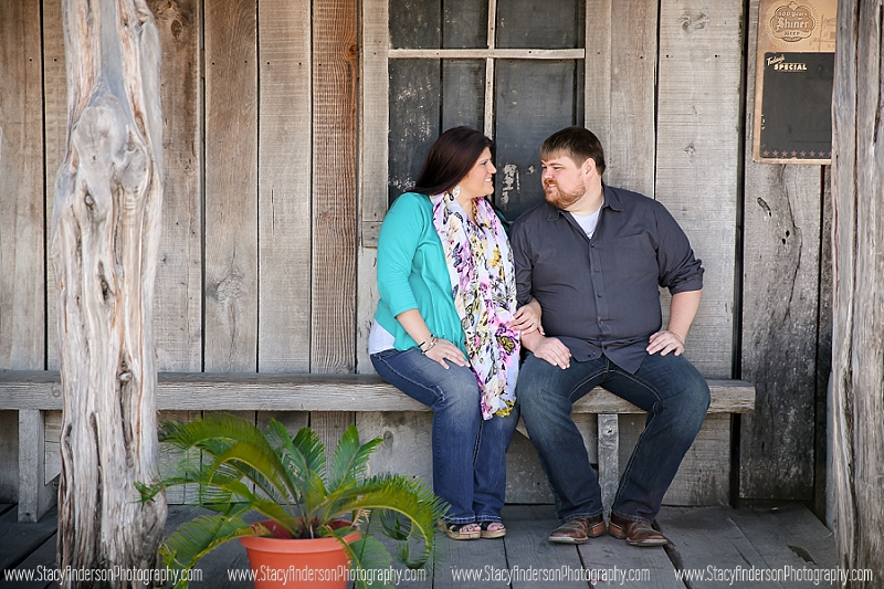 Firehouse Saloon Engagement Photo (15)