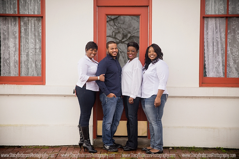 Alvin Train Depot Family Photographer (10)