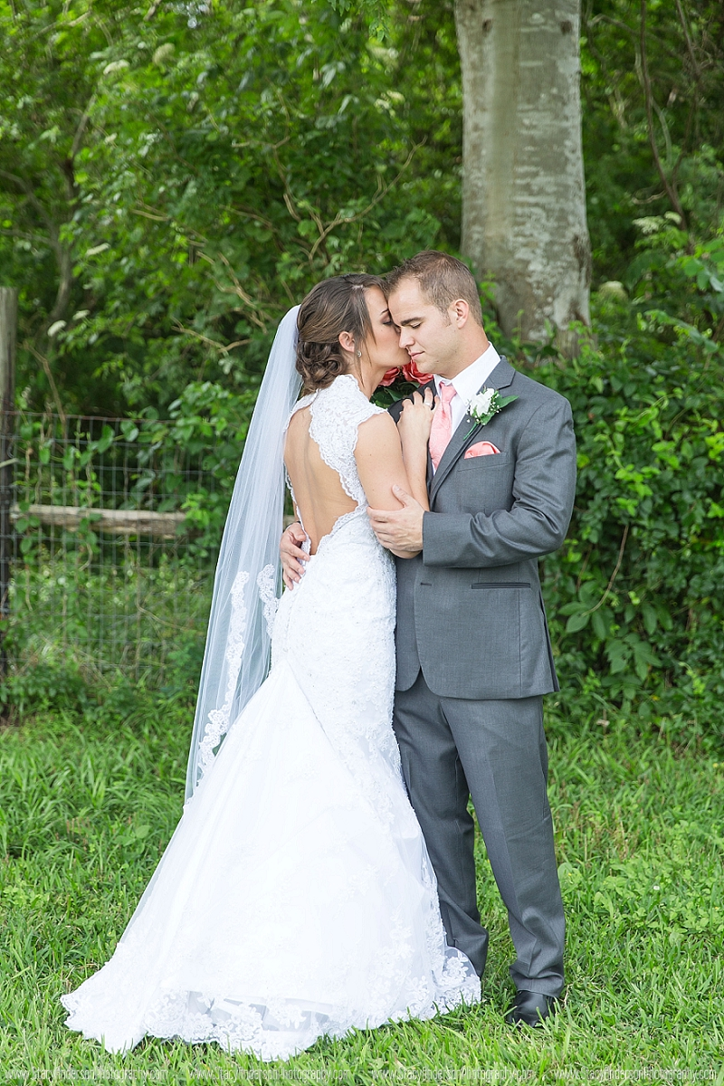 Angelton Wedding Photographer (12)