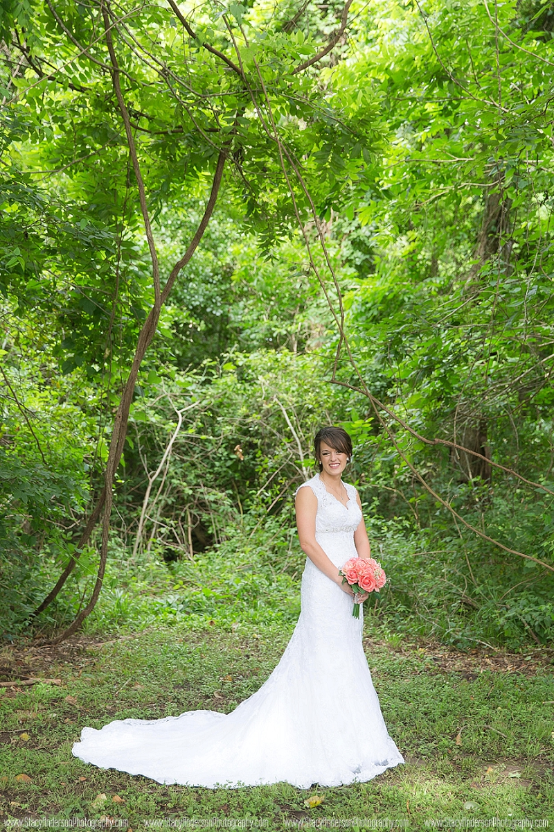 Angelton Wedding Photographer (8)