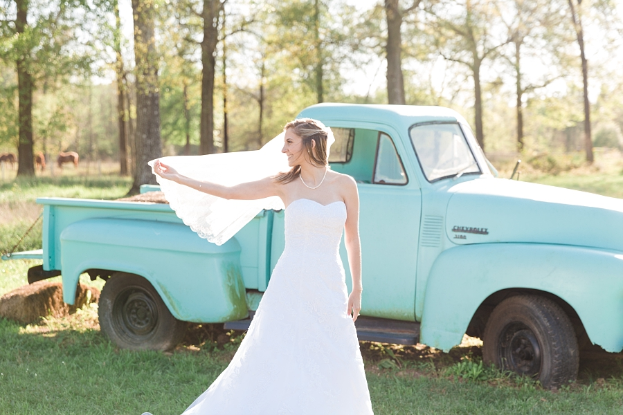 Stacy-Anderson-Photography-Carriage-House-Houston-Wedding-Photographer_0014.jpg