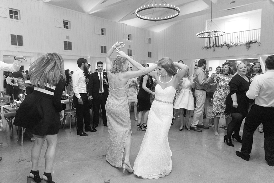 Stacy-Anderson-Photography-The-Farmhouse-Houston-Wedding-Photographer_0145.jpg