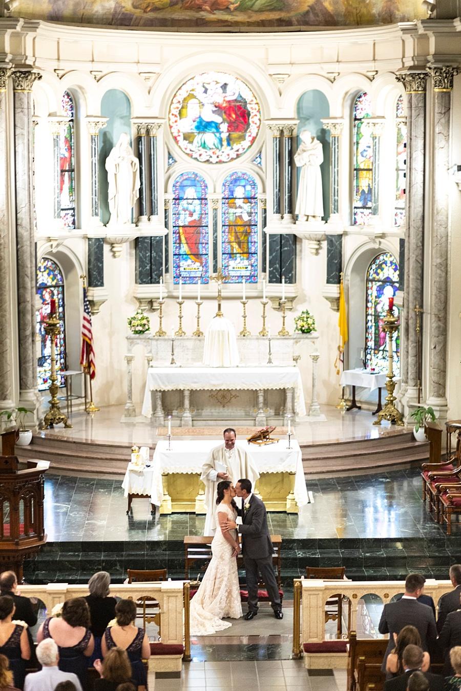 Stacy Anderson Photography Annunciation Church Houston Treebeard's Wedding Photographer_0007.jpg