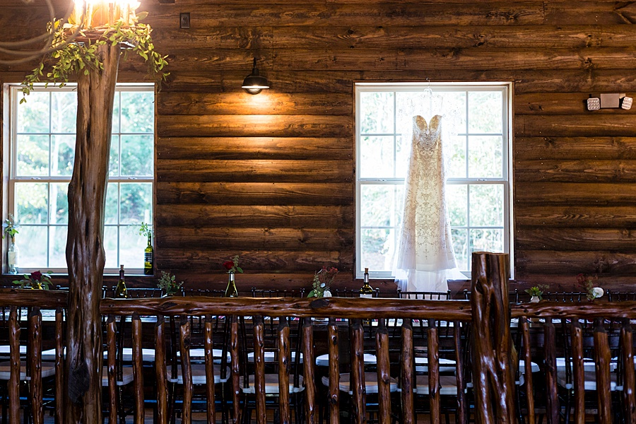 Stacy Anderson Photography Lodge at Mound Creek Houston wedding photographer_0001.jpg