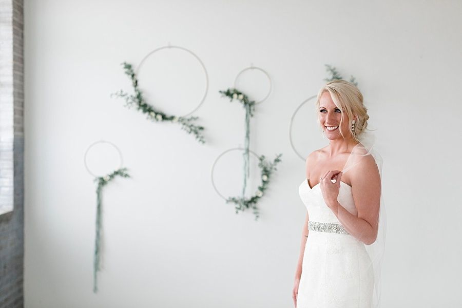 Stacy Anderson Photography Houston Rental Studio Modern Simple Bridal Photographer_0012.jpg