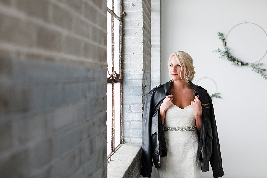 Stacy Anderson Photography Houston Rental Studio Modern Simple Bridal Photographer_0018.jpg