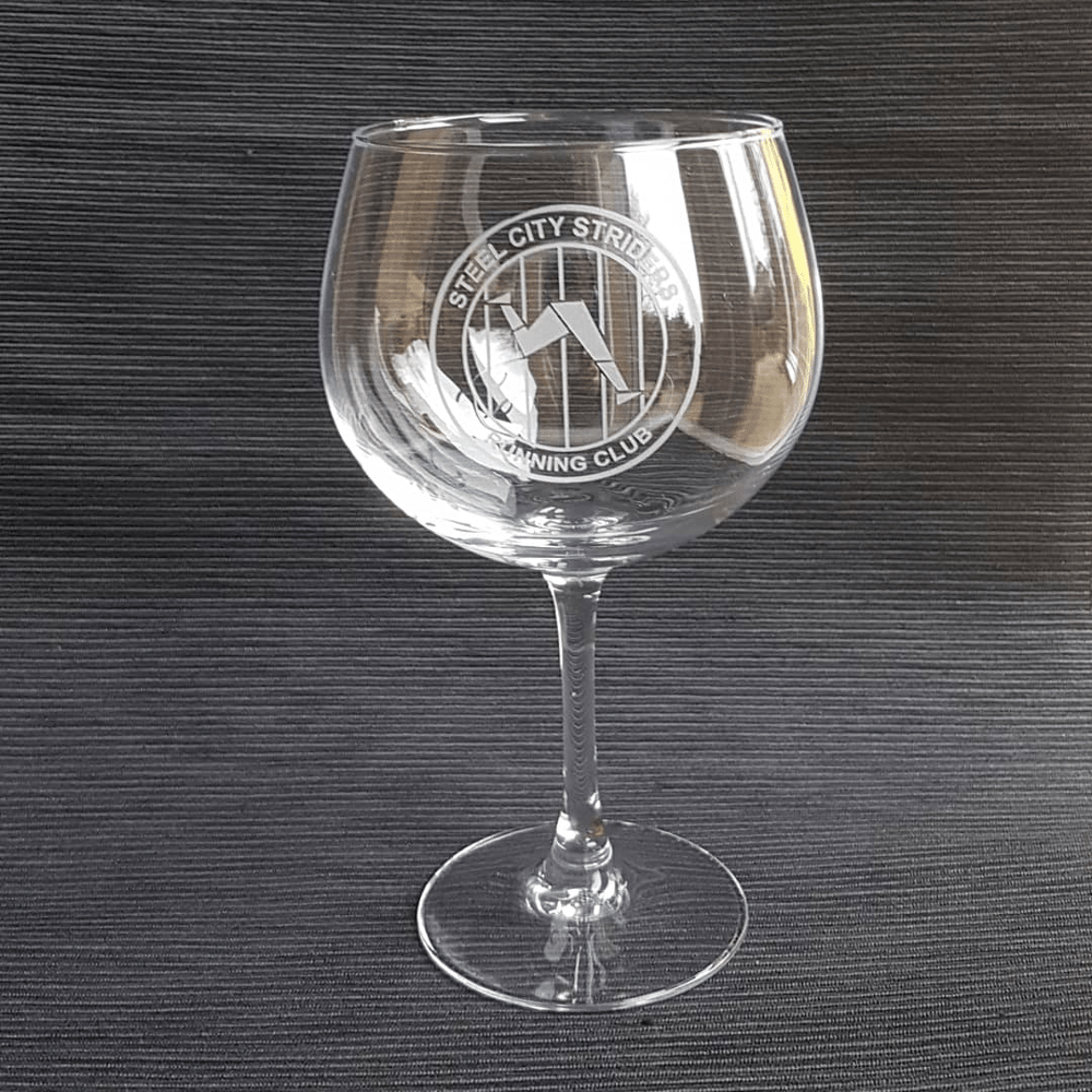Final etched gin glass with Steel City Striders logo