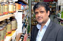 Waheed Akhtar inside shop by BoS.jpg