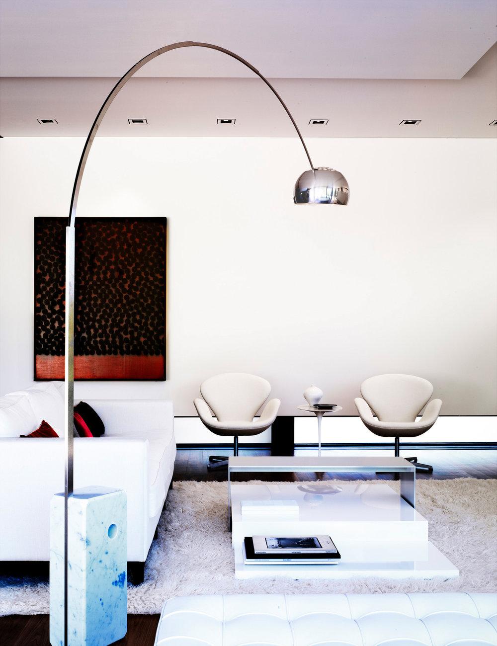 218807-10854104-livingroom1_jpg.jpg