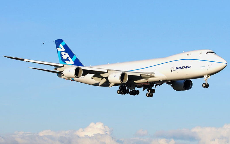 800px-Boeing_747-8_N747EX_First_Flight.jpg