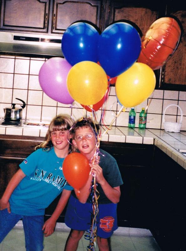 1999 Apr 29 JT Bday Balloons.jpg