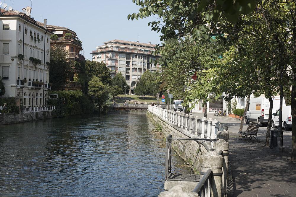 AS17-02040 River Sile beyond the weir, Treviso, Veneto