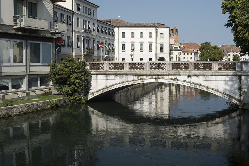 AS17-02046 Bridge over the River Sile, Treviso, Veneto