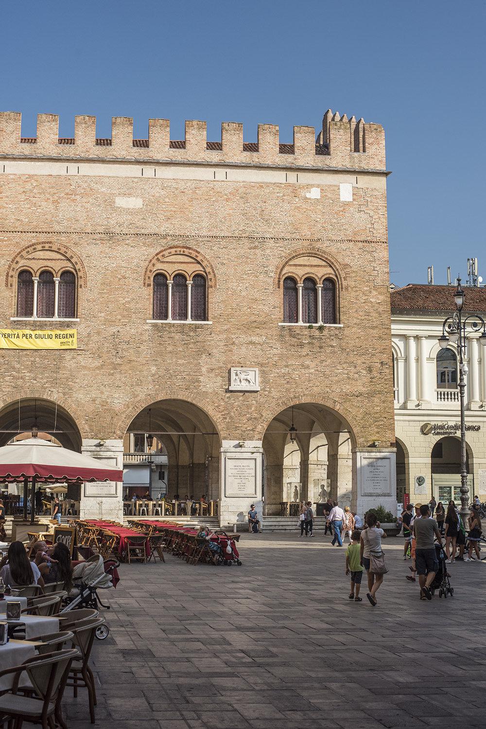 AS17-02090 Palazzo dei Trecento, Treviso, Veneto