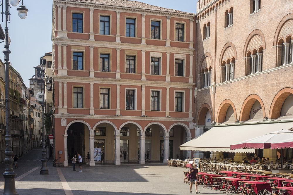 Piazza dei Sihnori