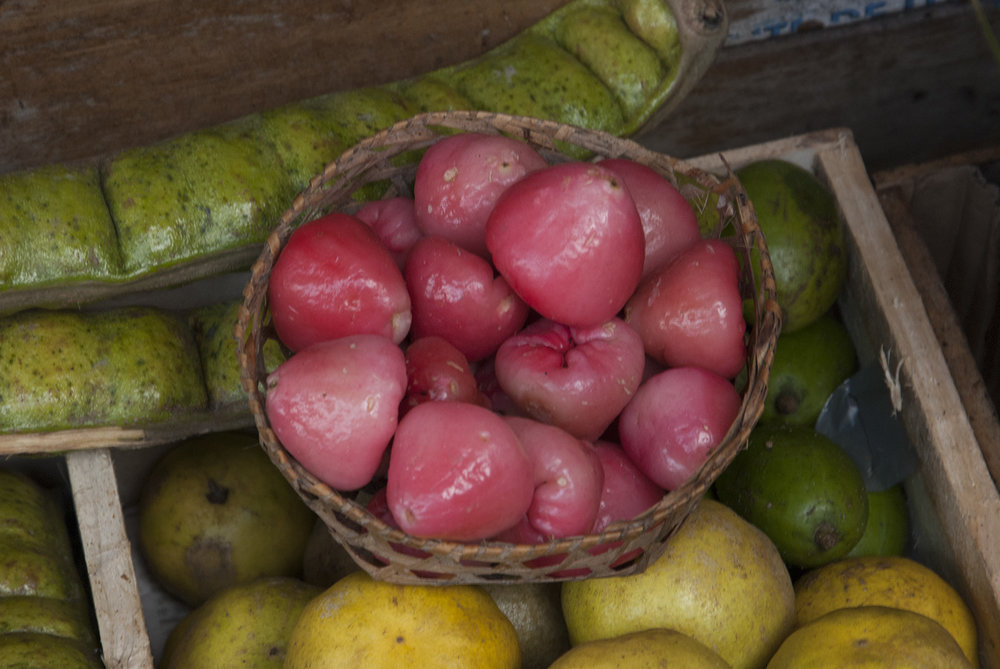 Rose-apples in a basket (Ver-o-peso Market, Belem, Brazil)