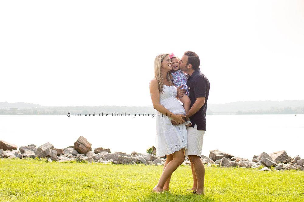 Alexandria VA Maternity Photographer 2.jpg