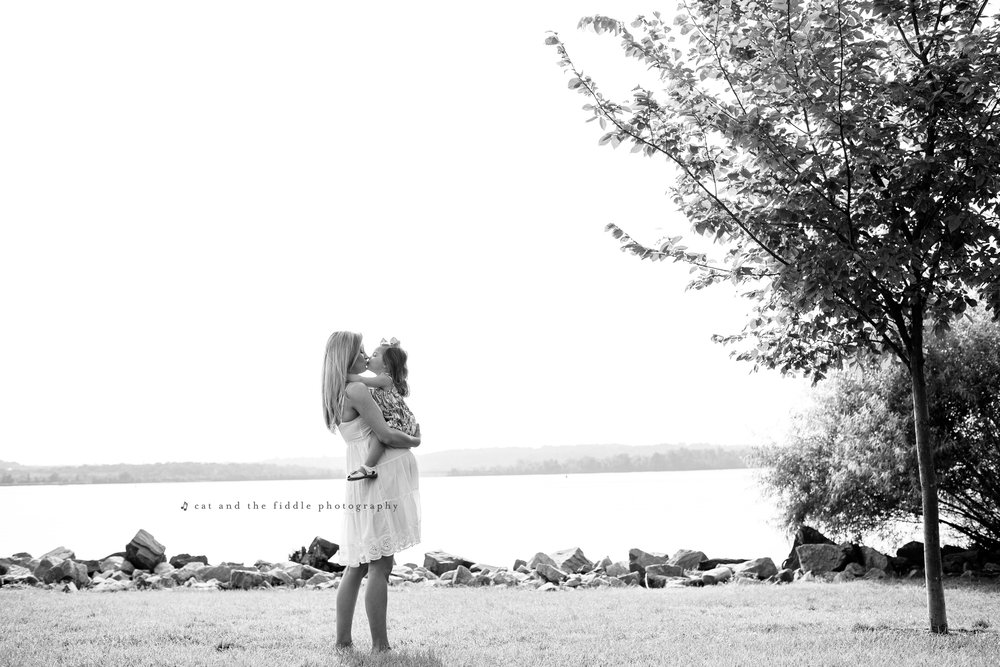 Alexandria VA Maternity Photographer 1.jpg