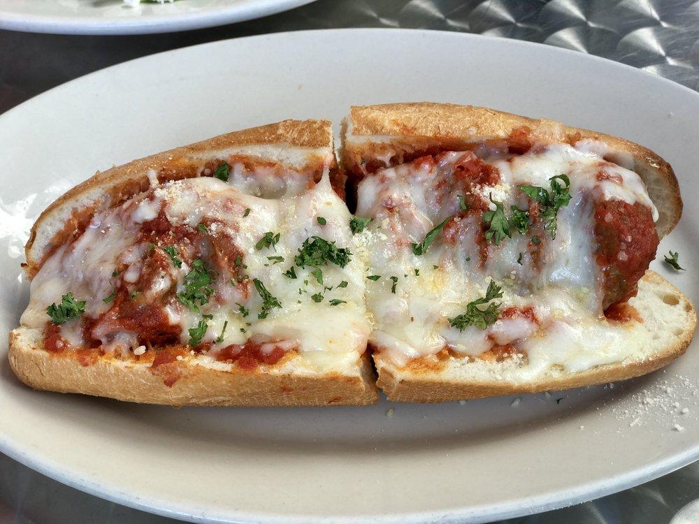 Vito'sPizzaSantaMonica_Vito'sPizzaHotSubs_Meatball.jpeg