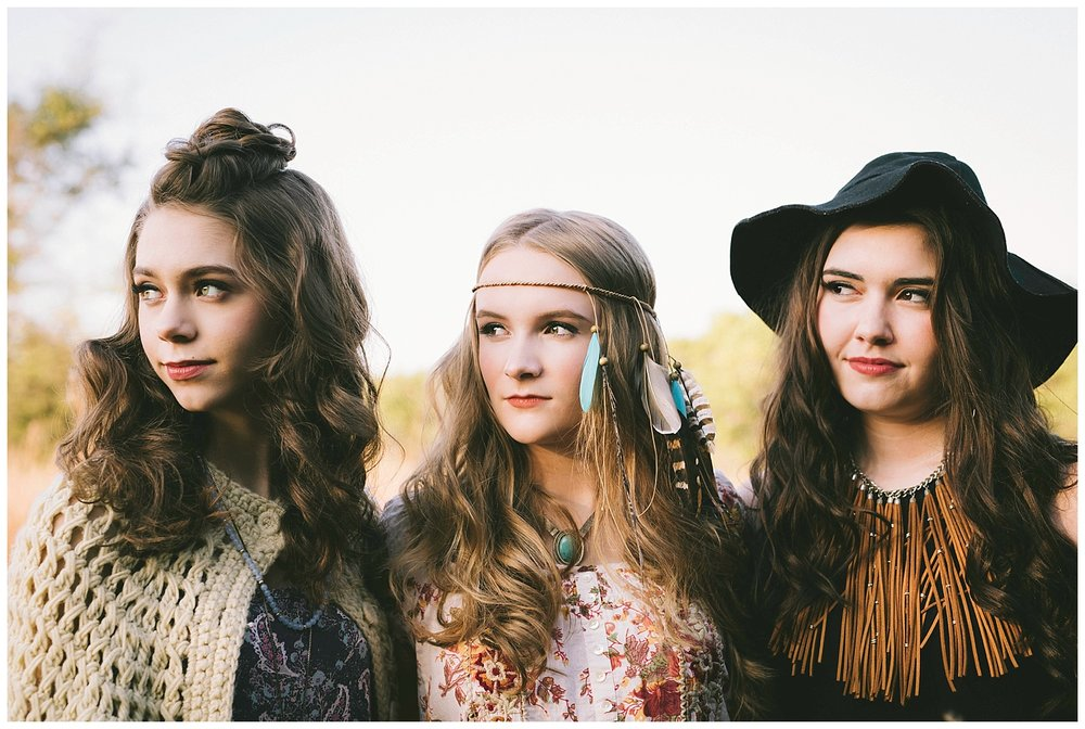 senior-pictures-boho-coachella-hair-and-makeup-ideas.jpg