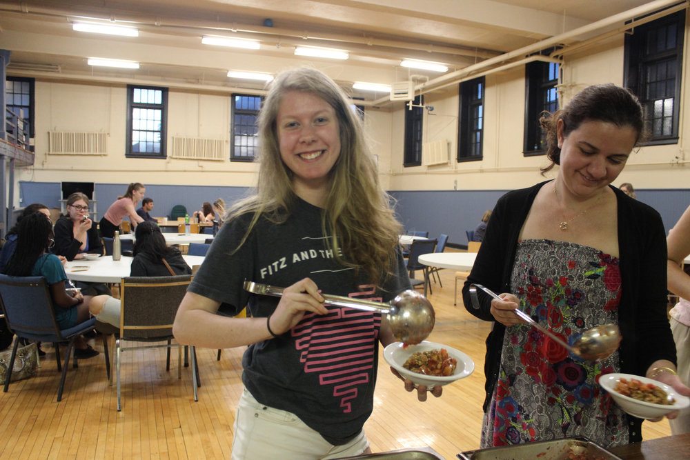 Vancouver Island University (VIU) - Student Leader: CharlotteContact: viu@mealexchange.comWhat they're up to:- Good Food Challenge B.C.