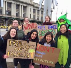 University of British Columbia - Student Leader: PurujeetContact: ubc@mealexchange.comWhat they're up to:- Good Food Challenge B.C.