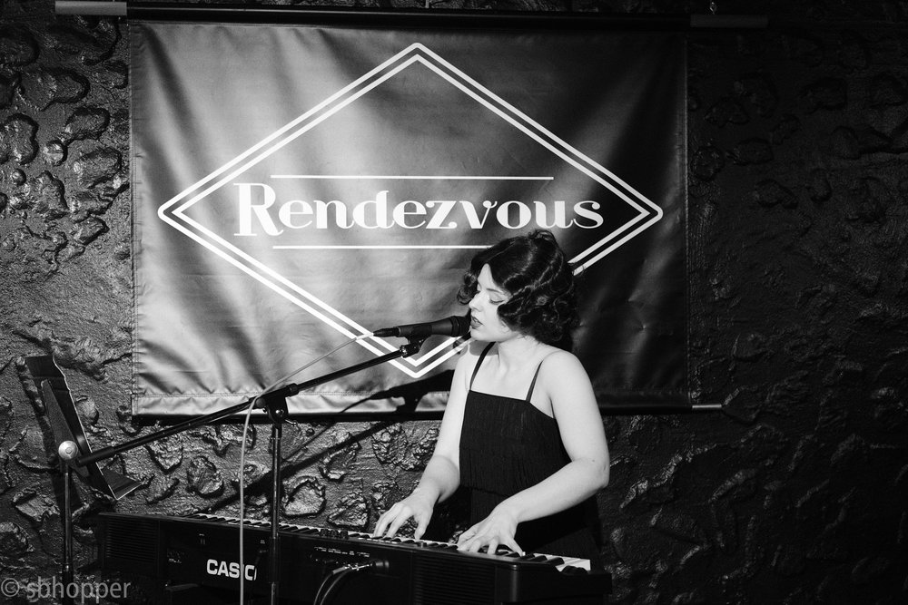 Sarah St. Albin at Flappers and Dappers, the Rendezvous, Seattle, 25 January 2018.