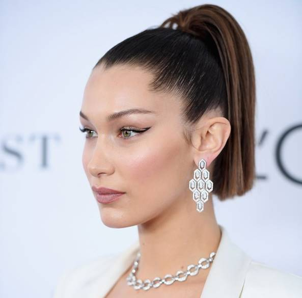 Beautiful Bella Hadid in a Bulgari diamonds.