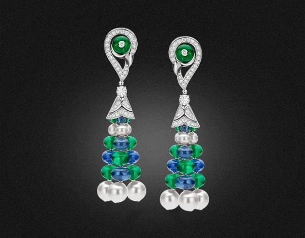 High Jewellery earrings in white gold with 12 Akoya Pearls, Emerald beads (19.63 ct), 10 Blue Sapphire beads (18.76 ct), round brilliant cut Diamonds and pave-set Diamonds (D – F IF – VVS 1.43 ct).