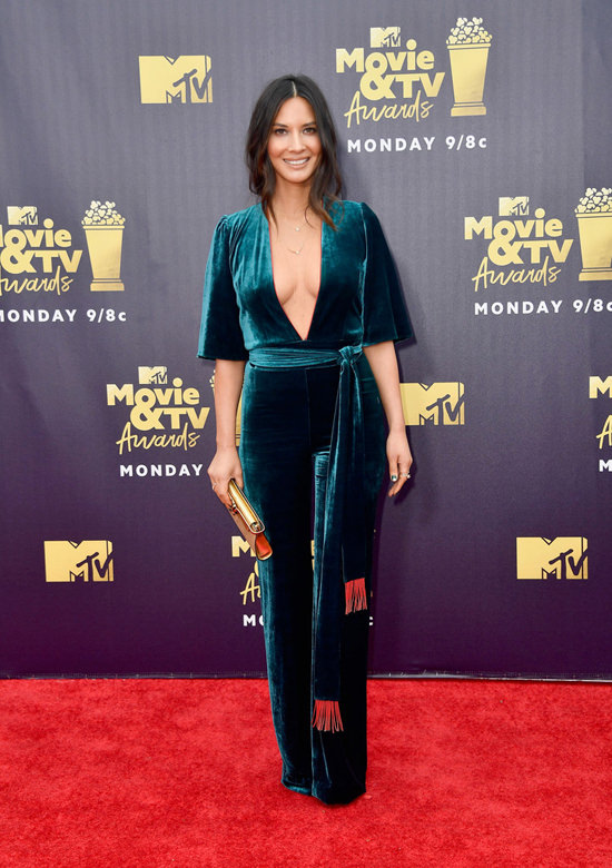Olivia-Munn-2018-MTV-Movie-TV-Awards-Red-Carpet-Fashion-Galvan-London-Tom-Lorenzo-Site-2.jpg