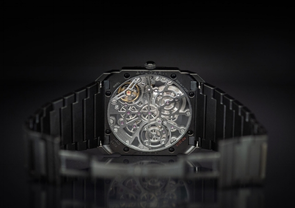 bulgari_skeleton_black_ceramic_14.jpg
