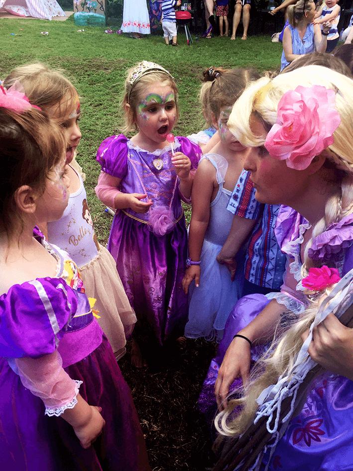 US AKP Party Pics (V) - Rapunzel and little princesses.png