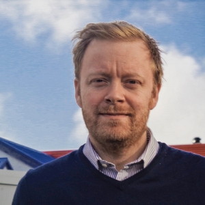 Þórlindur Kjartansson   Founder at i2.  Thorlindur Kjartansson is the owner of i2 and serves as outisde counsel for tech companies. He focuses on sales negotiations and legal advice as well as marketing strategy.