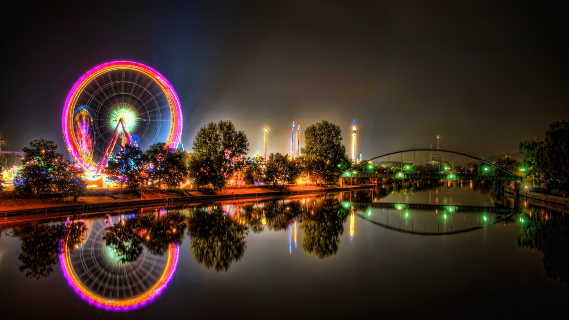 amusement-parks-by-a-river-at-night-hdr-295576