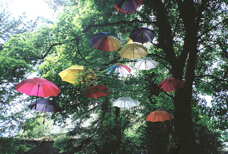 group umbrellas